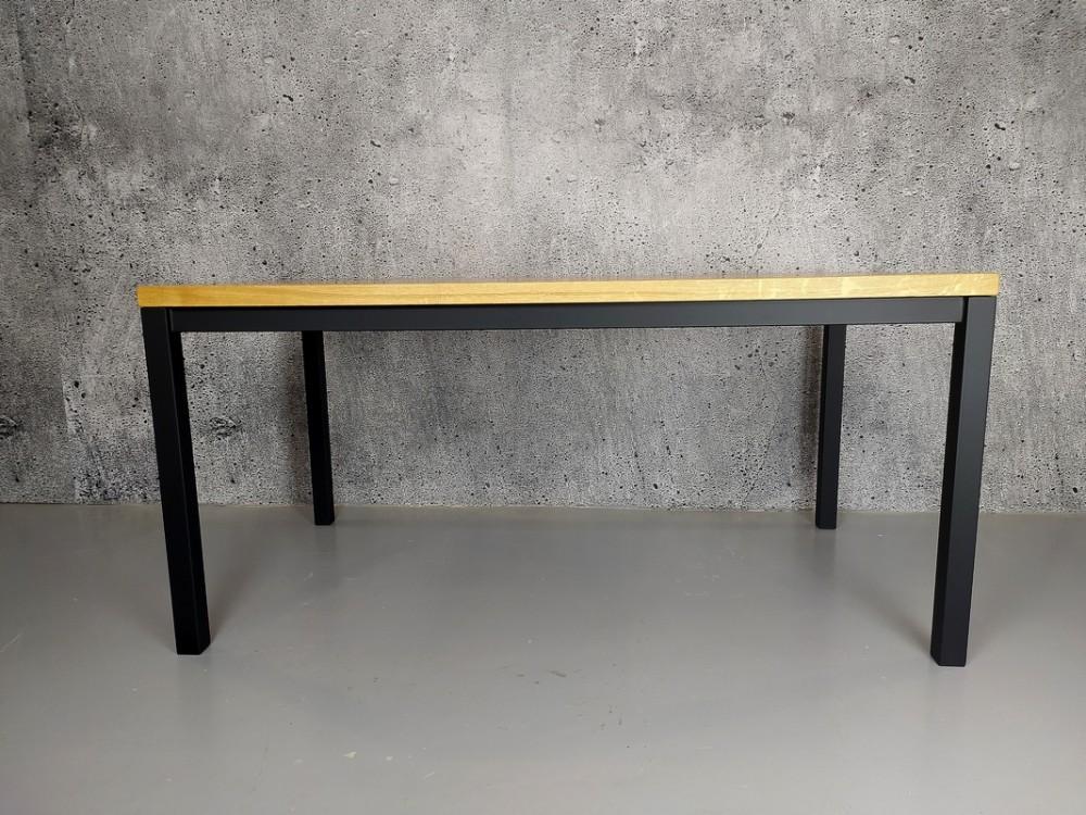 Designový jídelní stůl masiv James